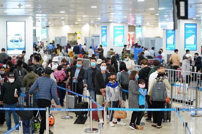 Người Việt Nam ở nước ngoài nên cân nhắc kỹ lưỡng việc trở về nước Ảnh 1