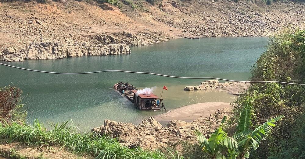 Sơn La: Cát tặc quần nát sông Đà Ảnh 1
