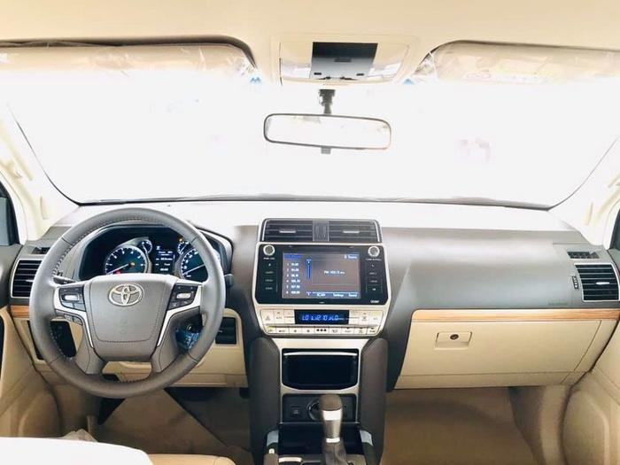 Giá bán cao hơn Ford Explorer 340 triệu đồng, Toyota Land Cruiser Prado 2020 có gì? Ảnh 4