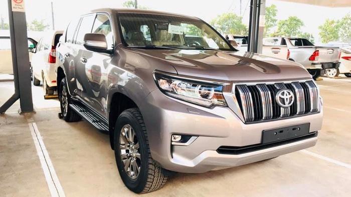 Giá bán cao hơn Ford Explorer 340 triệu đồng, Toyota Land Cruiser Prado 2020 có gì? Ảnh 2