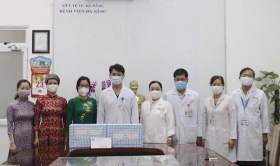Phụ nữ Đà Nẵng chia sẻ khó khăn cùng các đơn vị trực tiếp làm nhiệm vụ phòng chống dịch Ảnh 1