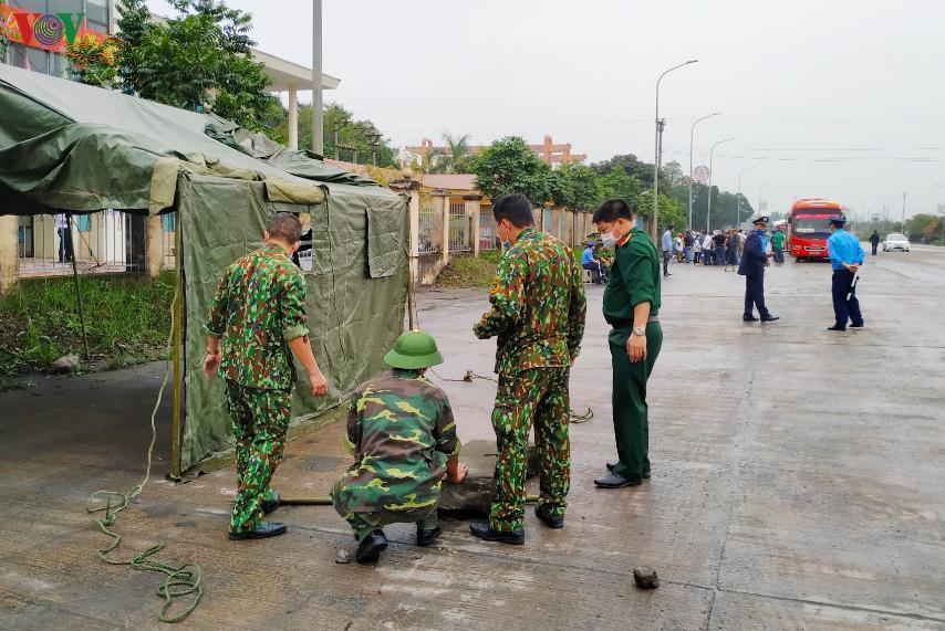 Quảng Ninh:Cách ly toàn bộ xe khách chở 1 du học sinh có biểu hiện sốt Ảnh 1
