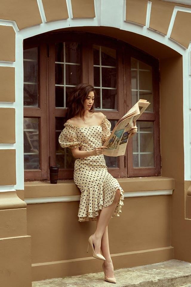 Muốn diện váy chấm bi mà không sợ bị già, bị sến thì cứ học Hoa hậu Khánh Vân Ảnh 5