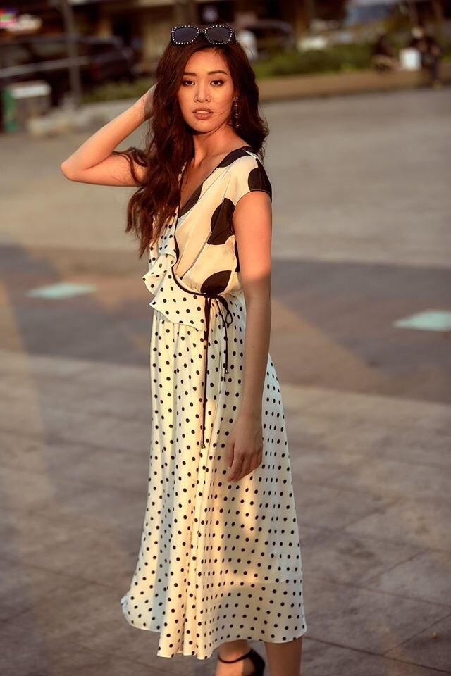 Muốn diện váy chấm bi mà không sợ bị già, bị sến thì cứ học Hoa hậu Khánh Vân Ảnh 6