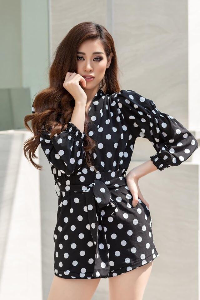 Muốn diện váy chấm bi mà không sợ bị già, bị sến thì cứ học Hoa hậu Khánh Vân Ảnh 9