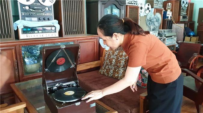 Chiêm ngưỡng bộ sưu tập máy nghe nhạc xưa độc đáo tại miền Tây Ảnh 7