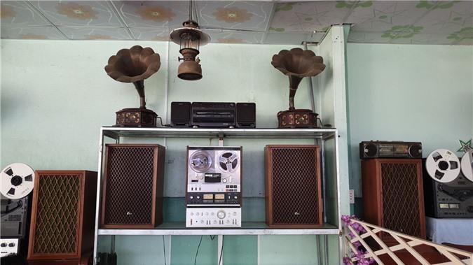 Chiêm ngưỡng bộ sưu tập máy nghe nhạc xưa độc đáo tại miền Tây Ảnh 3