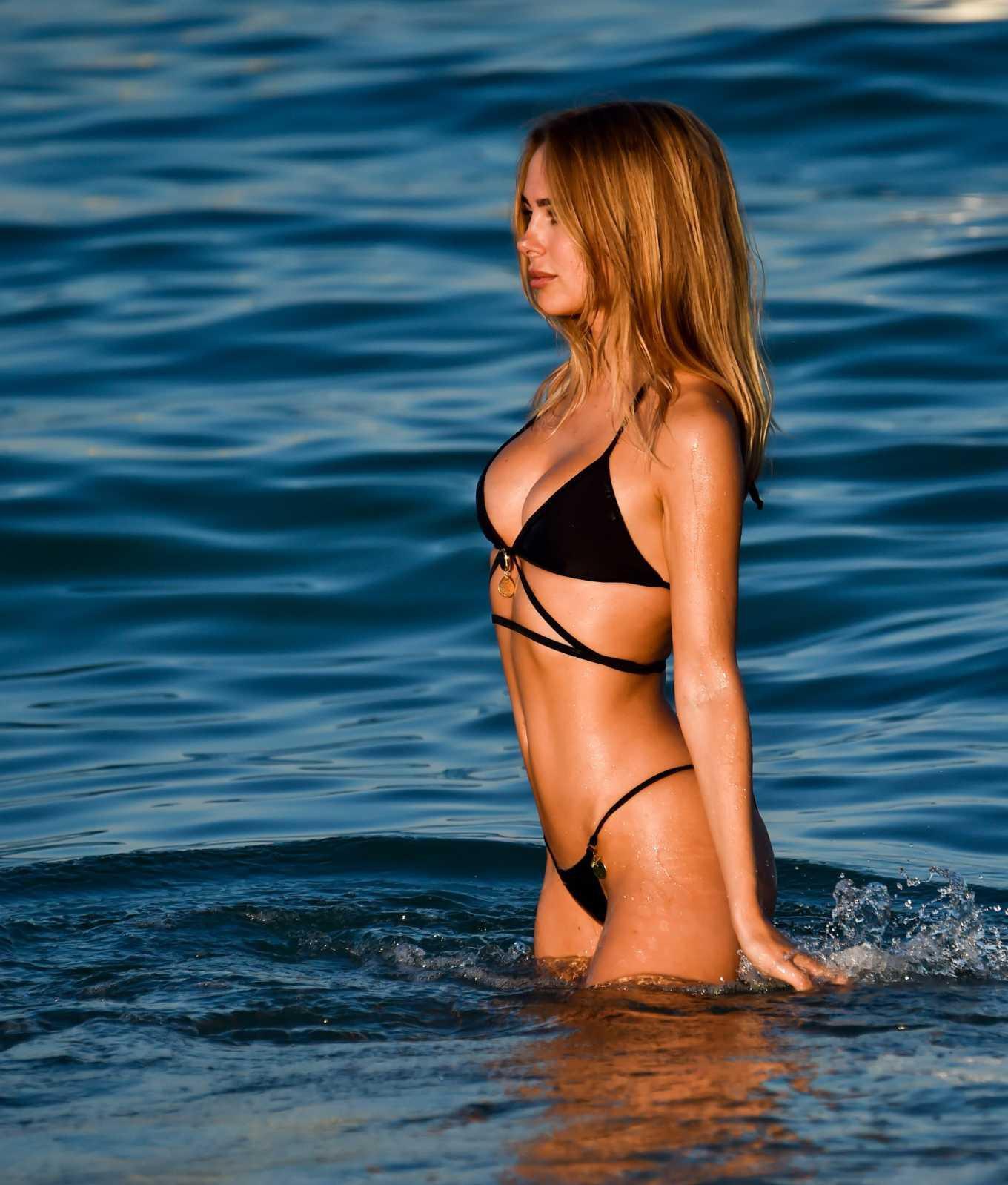 Mỹ nhân áo tắm Kimberley Garner đẹp như mộng trên biển Ảnh 8