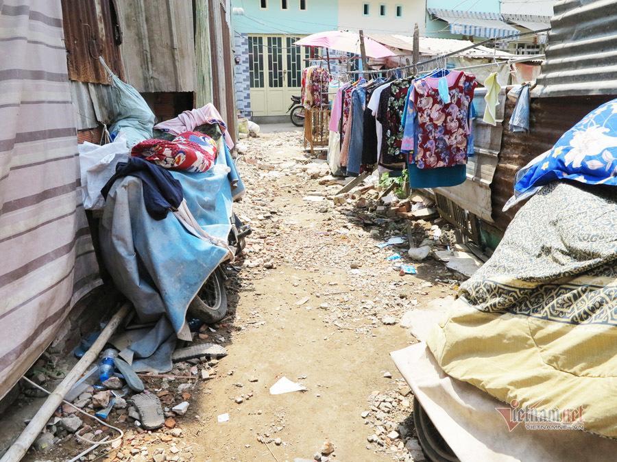Tình người trong xóm trọ nghèo nhất Sài Gòn giữa mùa dịch Covid-19 Ảnh 3