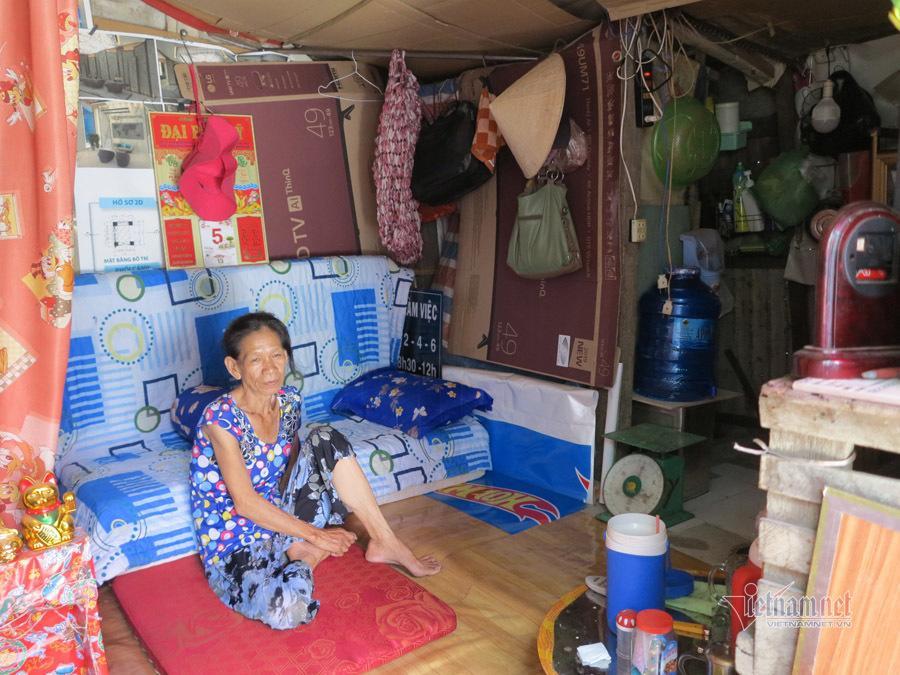 Tình người trong xóm trọ nghèo nhất Sài Gòn giữa mùa dịch Covid-19 Ảnh 12