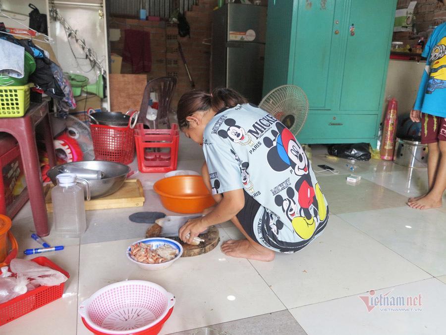 Tình người trong xóm trọ nghèo nhất Sài Gòn giữa mùa dịch Covid-19 Ảnh 9