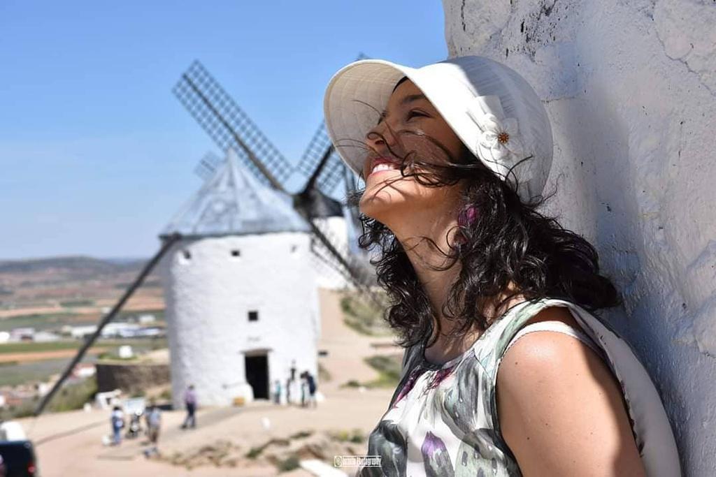 Thiên đường cối xay gió đẹp như tranh vẽ ở Tây Ban Nha Ảnh 7