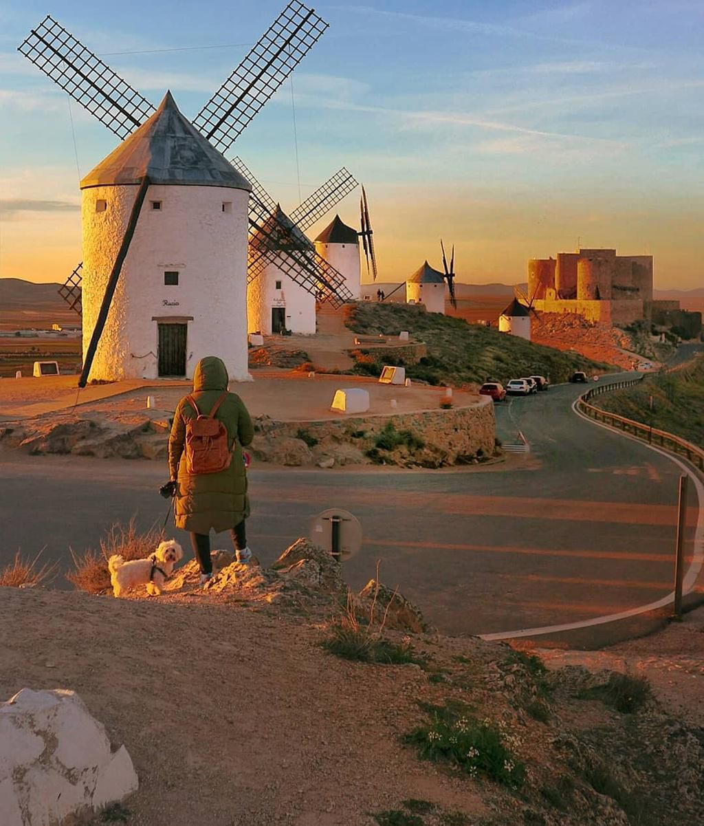 Thiên đường cối xay gió đẹp như tranh vẽ ở Tây Ban Nha Ảnh 10