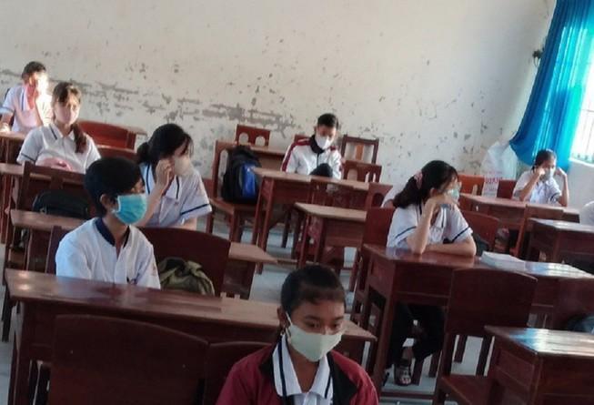 Đảm bảo học sinh, sinh viên ngồi cách nhau tối thiểu 1,5m Ảnh 1