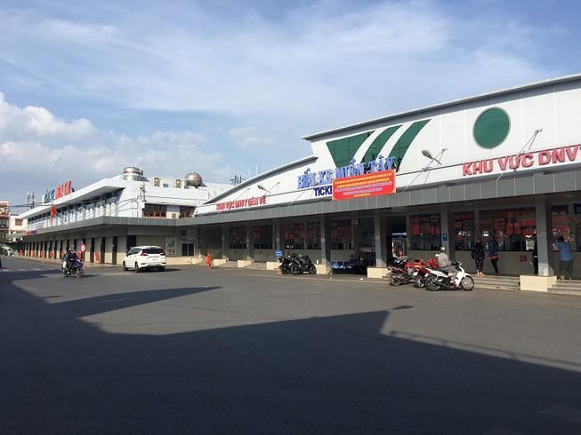 Ngày 24-4, hai bến xe lớn tại TP.HCM sẽ hoạt động trở lại Ảnh 1