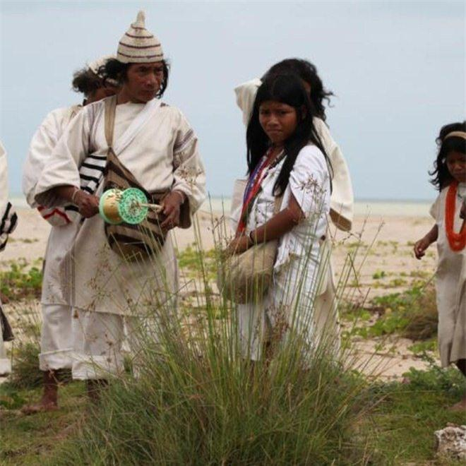 Bí ẩn bộ tộc 8.000 năm ở giữa rừng sâu, có lối sống 'thánh thiện' nhất thế giới Ảnh 7