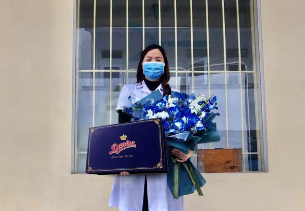 Xúc động thư nữ sinh trường Y gửi mẹ bác sĩ đang phục vụ khu cách ly Ảnh 2