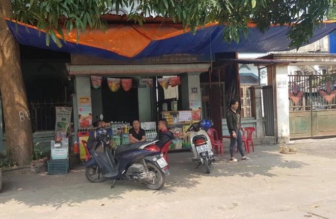 Chợ 'cóc' tràn lan, vi phạm giãn cách xã hội phổ biến Ảnh 2