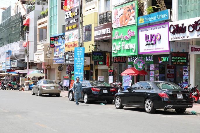 NÓNG: Nhiều đường một chiều ở TP HCM tổ chức thành 2 chiều về đêm Ảnh 1