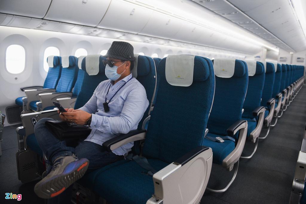 Chuyến bay lên đường tới Mỹ đưa 340 người Việt về nước Ảnh 8