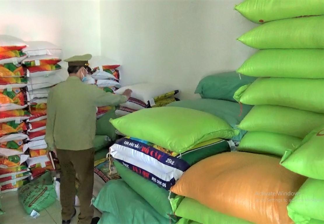 Thừa Thiên Huế: Dự trữ hàng hóa thiết yếu phục vụ công tác phòng chống lụt bão 2020 Ảnh 1
