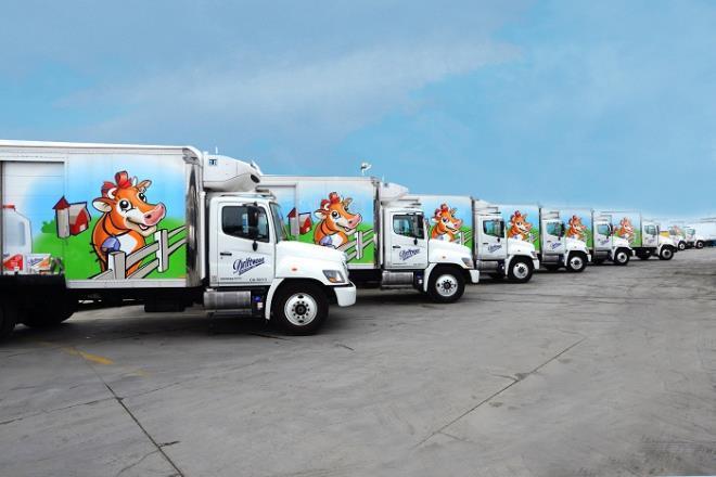 Nhà máy sữa Vinamilk tại Mỹ ủng hộ 23 ngàn lít sữa cho người dân khó khăn Ảnh 7