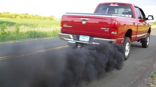 Cách chăm sóc ô tô để không bị trượt đăng kiểm về khí thải Ảnh 1