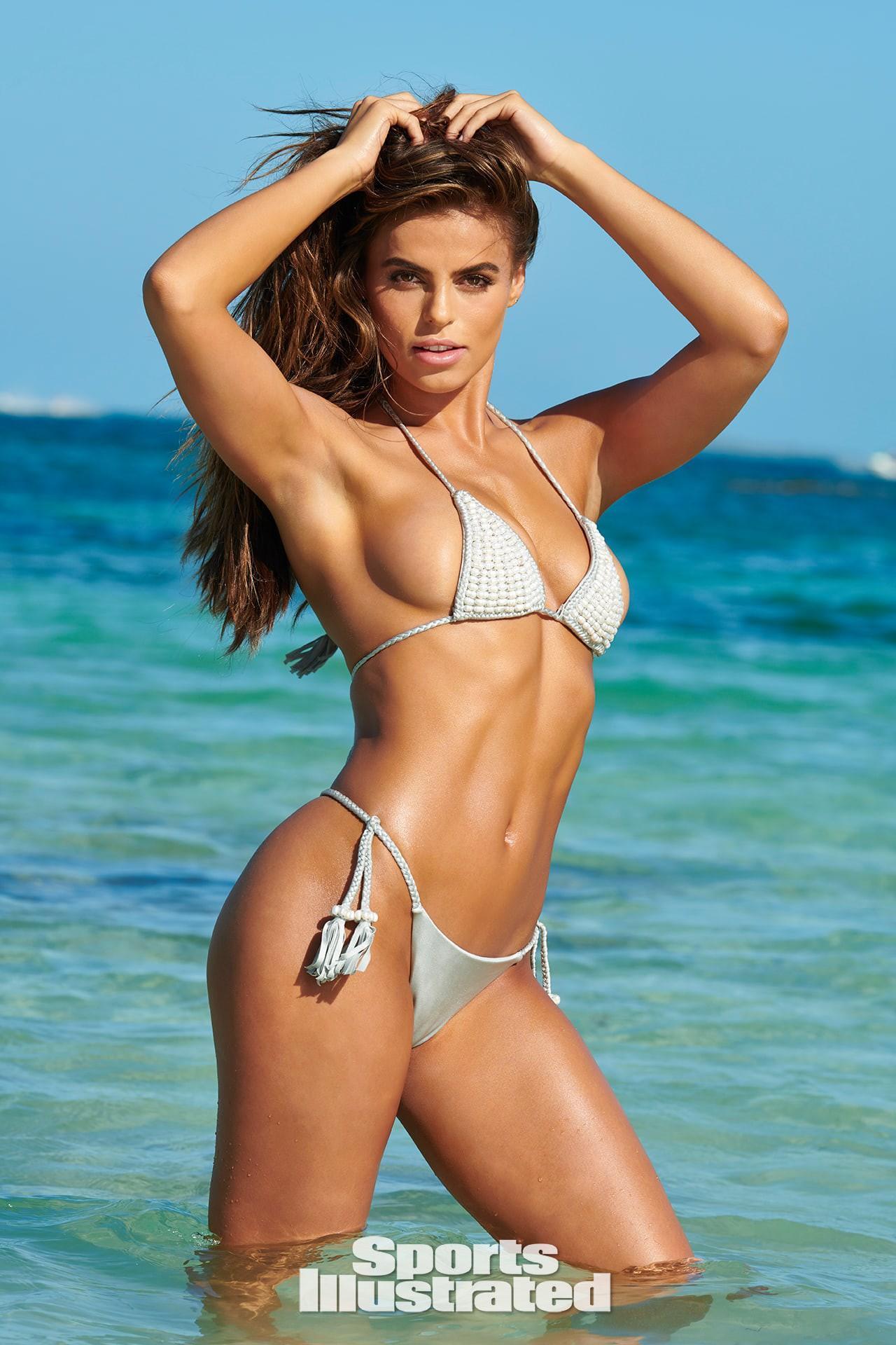 'Gà cưng' của tạp chí áo tắm danh tiếng Sports Illustrated đẹp gây mê ánh nhìn Ảnh 12