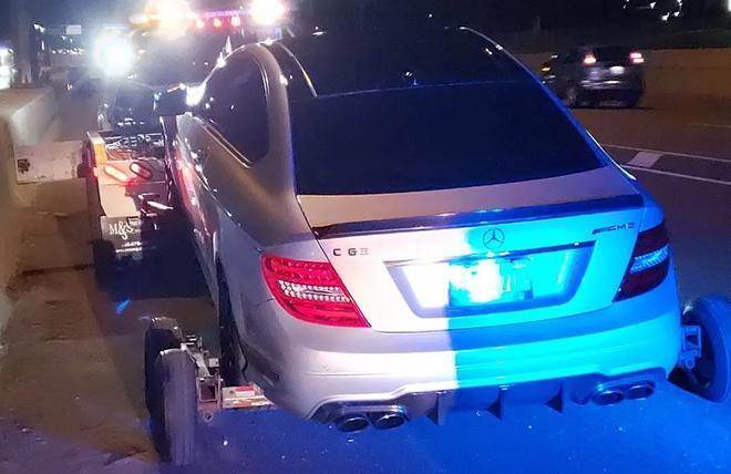 Thanh niên trộm xe Mercedes của bố, phóng 308 km/h trên cao tốc Ảnh 1