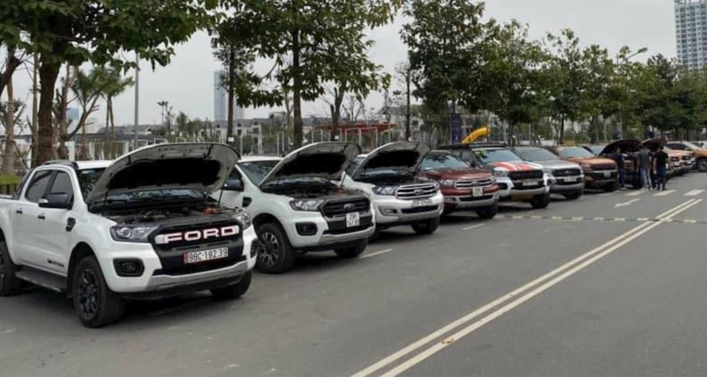 Cục Cạnh tranh và Bảo vệ người tiêu dùng thông tin về lỗi rò rỉ dầu trên xe Ford Ảnh 1