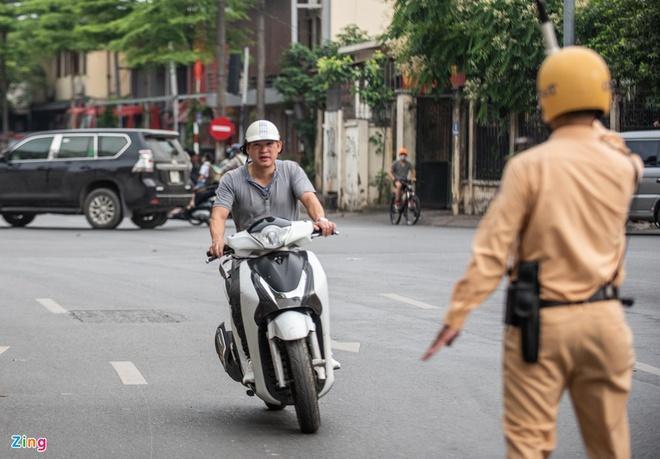 Thủ tục bồi thường bảo hiểm xe máy rườm rà, gây khó cho người mua Ảnh 1