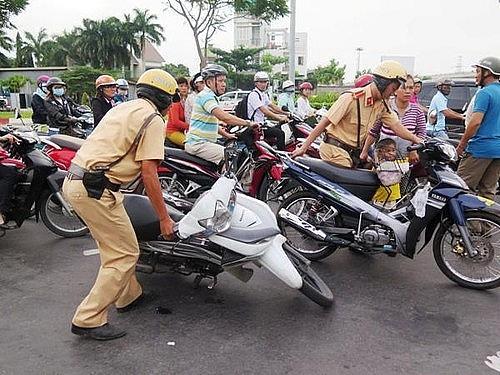 Toàn quốc xảy ra hơn 5.500 vụ tai nạn giao thông trong 5 tháng đầu năm Ảnh 1