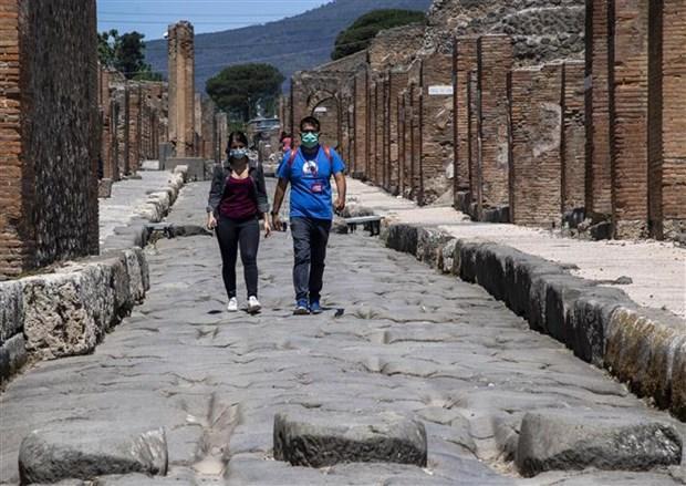 Italy dỡ bỏ lệnh phong tỏa, mở cửa trở lại khu di tích Pompeii Ảnh 1