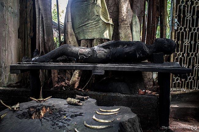 Du khách lạnh sống lưng khi ghé thăm điểm đến ma ám nhất châu Á Ảnh 9
