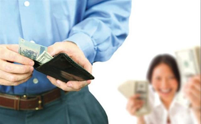 Chồng không đưa tiền cho vợ, chị em ta phải làm sao đây? Ảnh 2