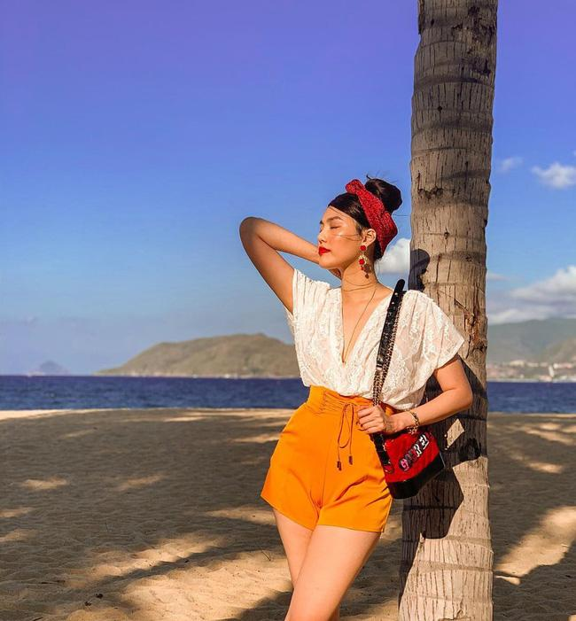 Học ngay công thức lên đồ du lịch đẹp mê tơi của mỹ nhân Vbiz Ảnh 8