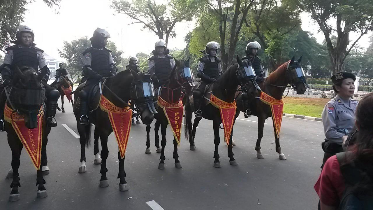 Lợi thế của cảnh sát kị binh ở các nước Ảnh 2