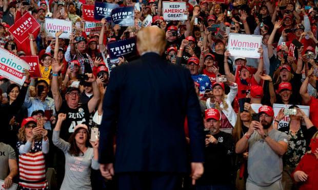 Bang đầu tiên Tổng thống Trump 'chọn mặt gửi vàng' tái khởi động tranh cử Ảnh 1