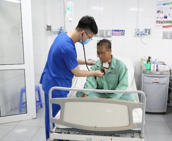 Thanh niên 23 tuổi hồi phục sau tai nạn vỡ tim Ảnh 1