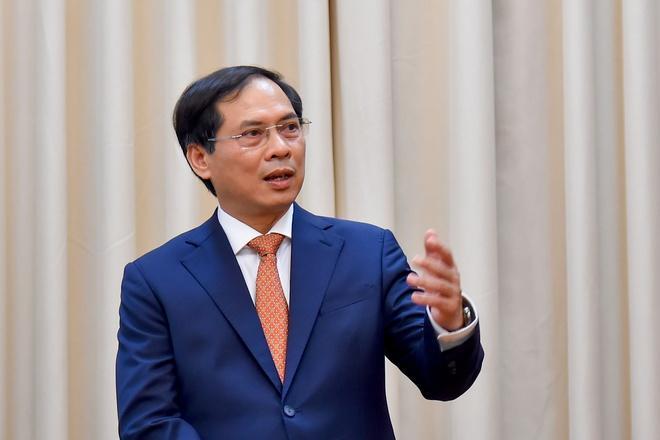 Việt Nam trao các công hàm thông báo phê chuẩn EVFTA và EVIPA Ảnh 1
