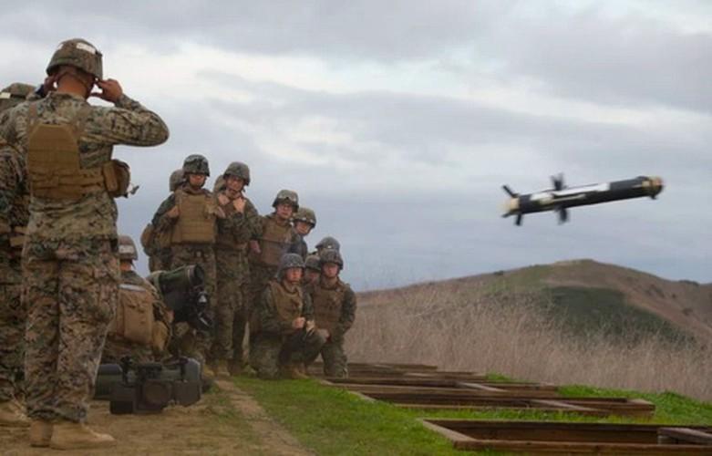 Nga 'lạnh gáy' khi Mỹ cung cấp thêm cho Ukraine loạt tên lửa chống tăng Javelin cực mạnh Ảnh 8