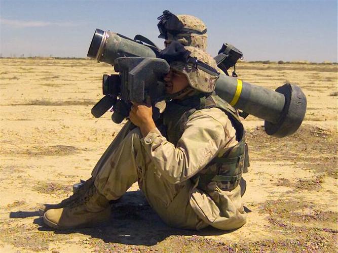 Nga 'lạnh gáy' khi Mỹ cung cấp thêm cho Ukraine loạt tên lửa chống tăng Javelin cực mạnh Ảnh 11