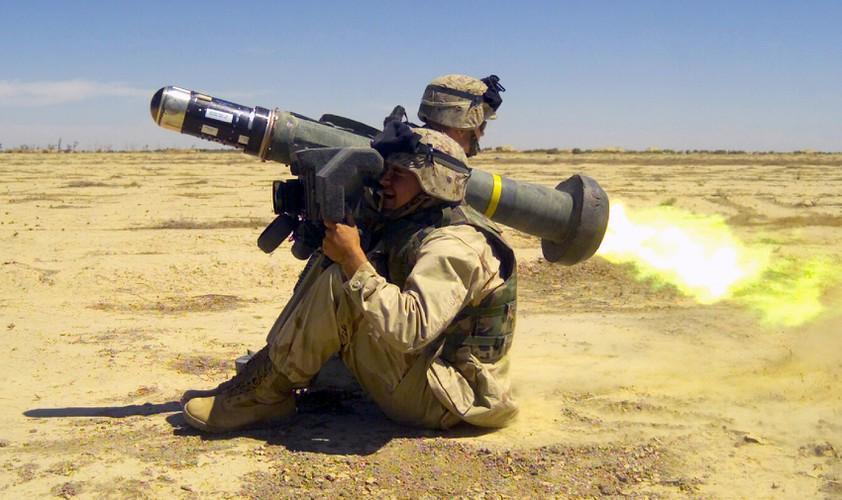 Nga 'lạnh gáy' khi Mỹ cung cấp thêm cho Ukraine loạt tên lửa chống tăng Javelin cực mạnh Ảnh 10