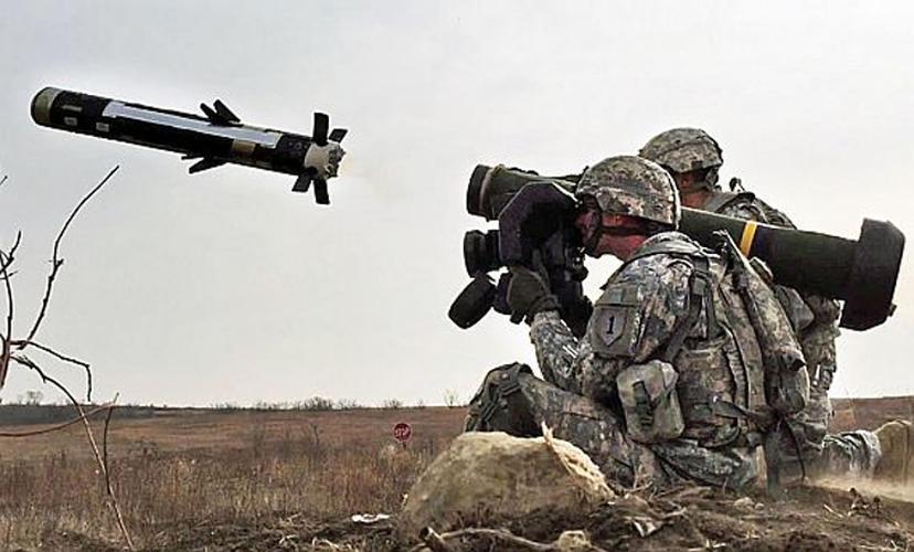 Nga 'lạnh gáy' khi Mỹ cung cấp thêm cho Ukraine loạt tên lửa chống tăng Javelin cực mạnh Ảnh 2