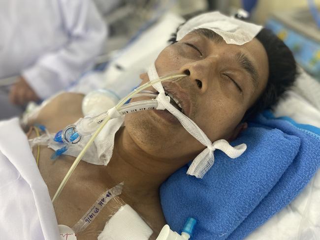 Chồng vừa rời quê đi làm mướn thì gặp cơn bạo bệnh, vợ nghèo 5 con nước mắt ngắn dài bất lực Ảnh 3
