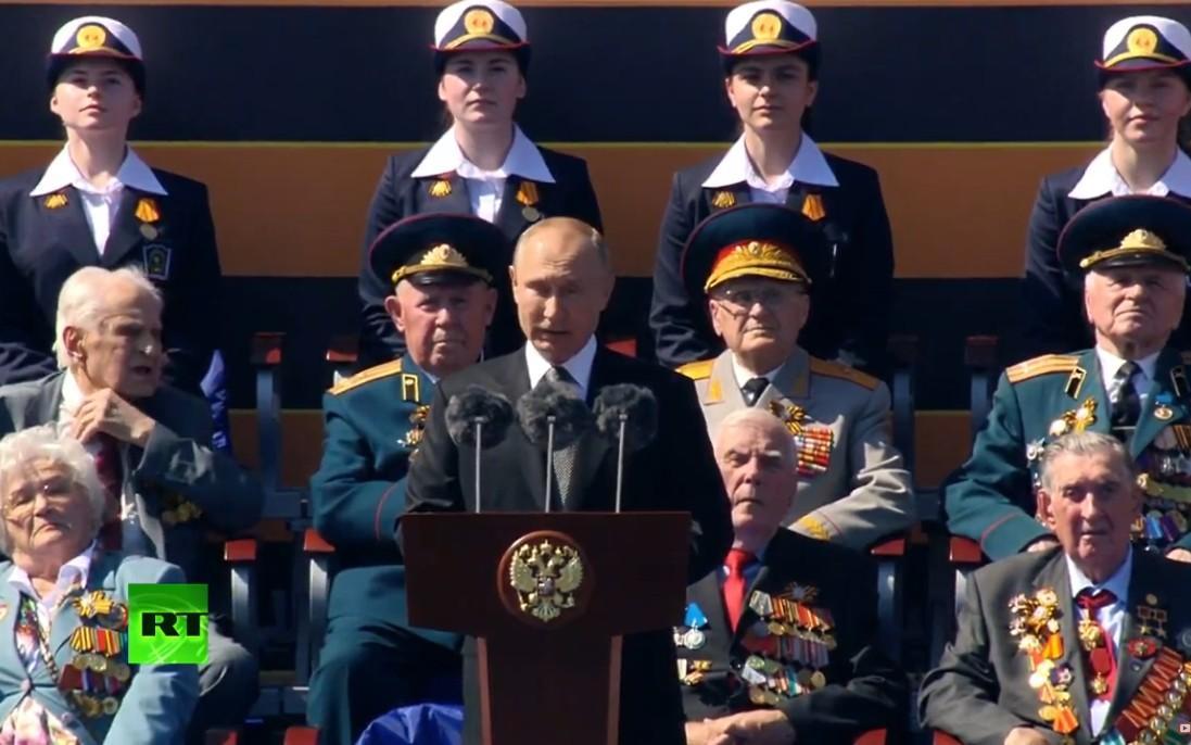 Vẻ đẹp các nữ quân nhân Nga trong lễ duyệt binh trên Quảng trường Đỏ Ảnh 11