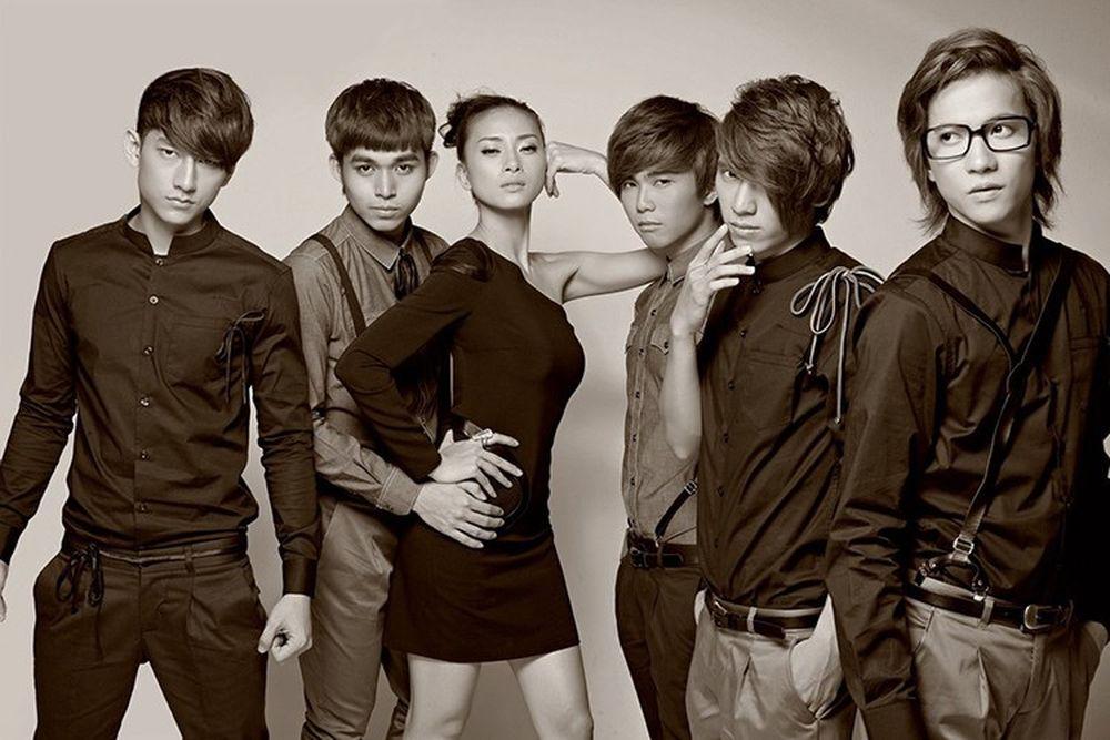 Được thành lập vào ngày 22/9/2010, 365 là nhóm nhạc gồm 5 thành viên:  Isaac, Jun, Tronie, Will và S.T. Các thành viên này được phát hiện bởi công  ty do Ngô ...