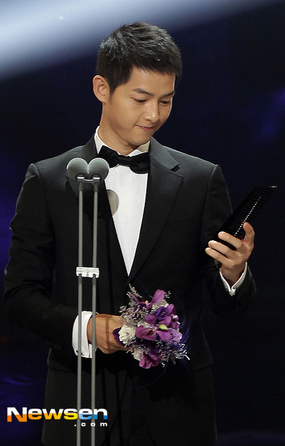 Huỳnh Thu Sinh là ngôi sao điện ảnh xứ Cảng thơm với 4 danh hiệu Kim Tượng và 3 giải thưởng Kim Mã.