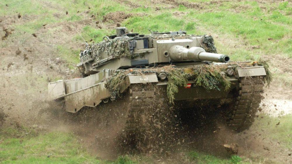 Hãi hùng cảnh xe tăng Leopard 2A4 TNK tan xác tại Aleppo