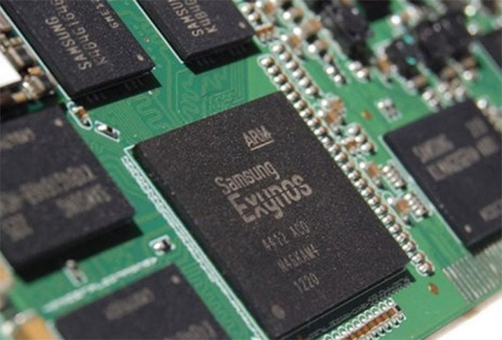 Tại sao Galaxy S9 lại sử dụng chip 8nm của Samsung và 7nm của